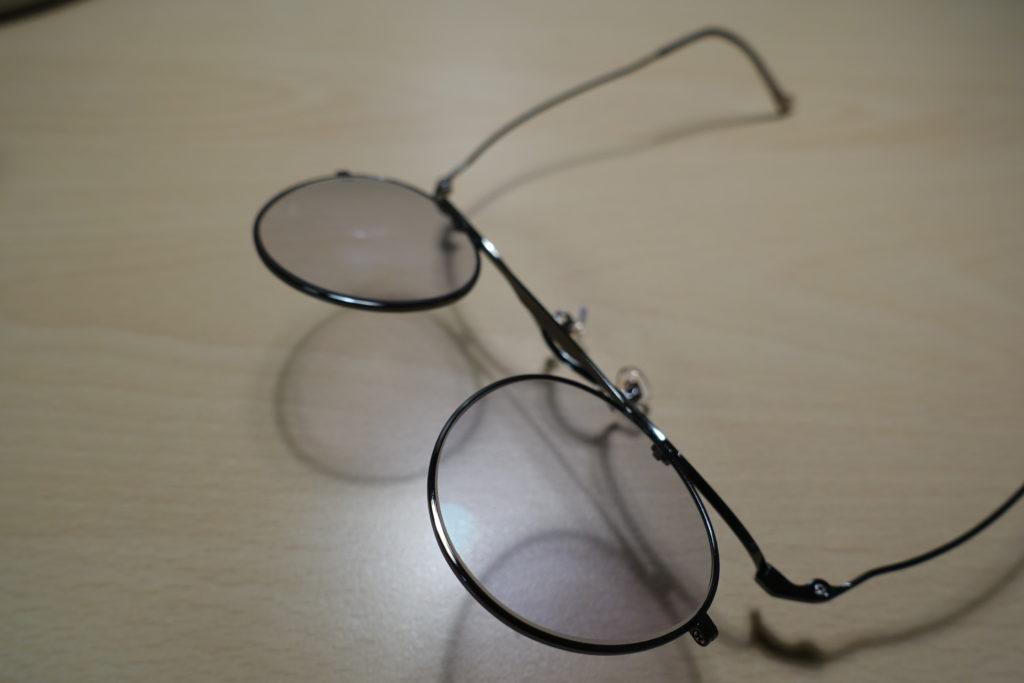ジョンレノン跳ね上げ式メガネ